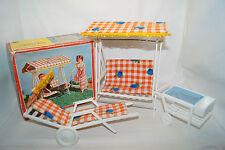 Garten-Terrassen Möbel 70iger Hollywood Schaukel Tisch Liege Barbie,Petra,Puppen