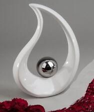 Deko Objekt Artikel abstrakte Skulptur Figur Dekofigur mit silber Kugel Steingut