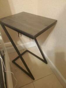 Modern end table for living or bedroom