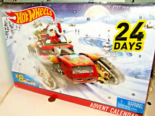 Sealed Hot Wheels DXH60 Advent Calendar, 24 Day Windows, 8 Cars, 16 Accessories.