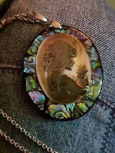 Seashell Necklace Abalone Shell Scallop Pendant  Italian Jewellery vintage