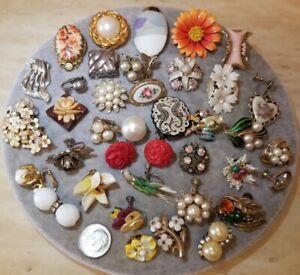 SINGLE Earrings Lot Vintage Beachy Flowers TRIFARI, JOMAZ, CORO +