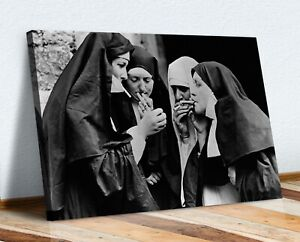 NUNS SMOKING VINTAGE PICTURE CANVAS WALL ART PRINT ARTWORK FRAMED POSTER
