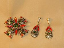 EMMONS GOLD TONE FILIGREE ORANGE GREEN RHINESTONE CROSS BROOCH / Earrings SET