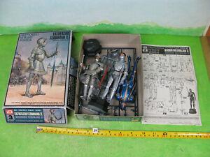 vintage model kit plastic soldiers 1/12 mixed lot x3 cut box 2152