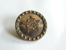 Beau bouton ancien à décor d'étoile & strass. Couture collection mercerie D: 3cm