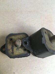 1 Pair NORS Front Motor Mounts 207406 1951-54/55 Kaiser H-J USA Balkamp 3-5096