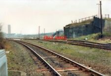 PHOTO  1993 OLD GWR BRIDGE AT WEDNESBURY TOWN RAILWAY STATION THIS IS THE REMAIN