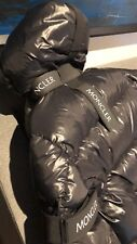Moncler craig Green Puffa Jacket Sold Out Worldwide Size 2