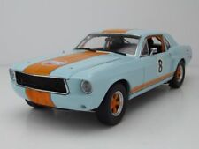 Ford Mustang Coupe 1967 Gulf #8 hellblau/orange, Modellauto 1:18 / Greenlight