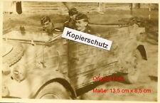 schwere Panzer-Abteilung 502 Tiger , Lt. Carius in Kübelwagen (Postkartengröße)