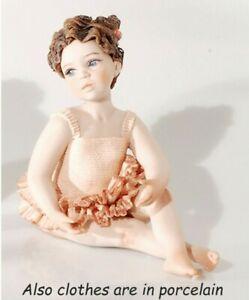 Statua in porcellana figurina di bimba ballerina in tutù fatta a mano in Italia