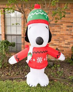 6 ft Gemmy Peanuts Snoopy Wearing Christmas Sweater Inflatable Decoration 2019