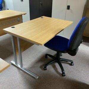 Quality 1200 Straight VDU Desk Beech & Refurbished Single Lever Operator Chair