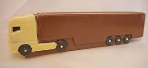 Hand-made Belgian Chocolate Lorry/Truck, may be personalised