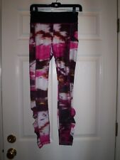 Lululemon Womens Pigment Wind Berry Rumble Multi Speed Tights ~ Size 4