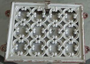 Antique Cast Iron Vent Register - Damper Intact - VGC - GREAT SALVAGED PIECE