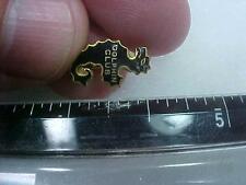 Dolphin Club Seahorse Sea Horse Shape Pin  (16G1)