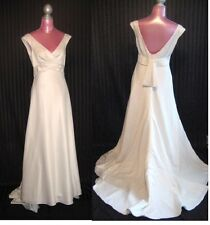 David's Bridal VW9879 Ivory Wedding sleeveless formal v neck Dress gown SZ 12 L