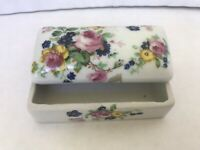 porcelain trinket box with lid Made in China floral colorful design small box