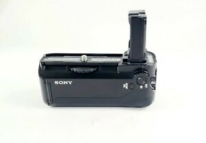 Sony Vertical Battery Grip For Alpha A7/A7R/A7S Digital Camera (VG-C1EM)