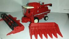 1/64 ERTL custom international 1480 rwa combine farm toy with both heads.