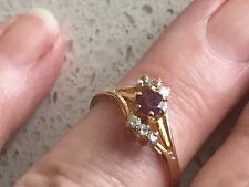 RING - ANTIQUE / VINTAGE RUBY SET IN 14ct GOLD w 6 CLEAR STONES - ESTATE piece