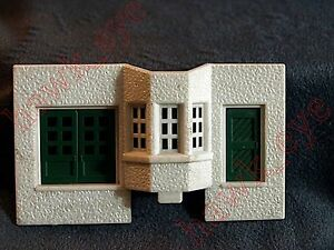Plasticville Passenger Station Front Piece W/ Door and WSindow HO Scale