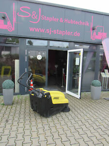 Kärcher KM 75-40W Profi Kehrmaschine Kehrsaugmaschine Elektrokehrmaschine