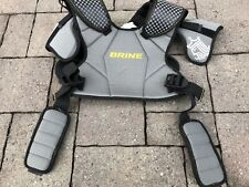 Free Shipping.Brine Lopro Prodigy Lacrosse Shoulder Pad Black Gray Youth X-Large