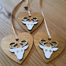 3 X Reindeer Stag Christmas Decorations Shabby Chic Nordic Wood Heart Gold 60mm