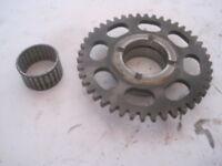 84-86 Honda VF500F INTERCEPTOR VF500 starter clutch gear and bearing assembly
