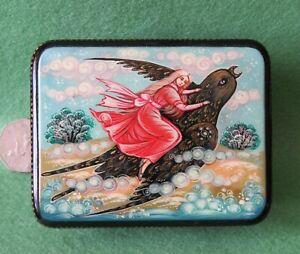 Russian Lacquer Box Thumbelina Sparrow Kholui Fairy tale SMALL BELOVA signed ART
