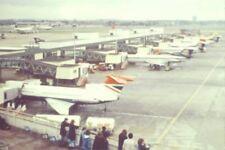 PHOTO  LONDON  HEATHROW AIRPORT 1975