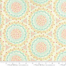 Cotton Moda Quilt Fabric Home Sweet Home Cream 20575/11