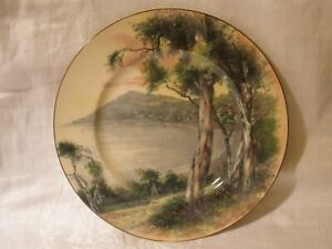 Vintage ROYAL DOULTON Gumtree CABINET PLATE Very Good Condition