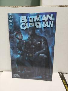 BATMAN CATWOMAN 1 LUCIO PARRILLO EXCLUSIVE TEAM VARIANT