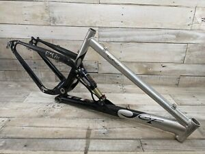 "2004 Gary Fisher Cake 3 Full Suspension Frame 17"" Medium 26"" Wheel"
