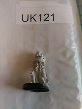 UK121 Warhammer 40k OOP metal Space Marine Adeptus Astartes veteran 2004