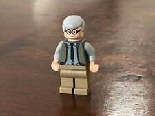 SW517 vII Lego Custom Male Smuggler Minifigure /& Custom Swtor Blaster NEW