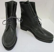 STUART WEITZMAN moss green lace- up lug- sole leather booties sz 7