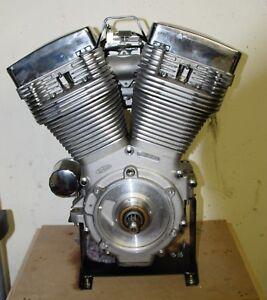 Harley Softail Dyna Glide E Glide Revtech 110 Motor Natur ausführung 1801ccm