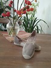 New Eileen Fisher - (Platinum Metallic) Lee Espadrille Flats Shoes Size 8
