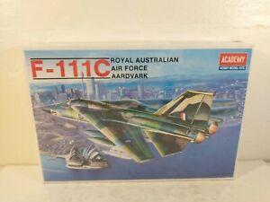 1990 Academy F-111C Royal Australian Air Force AArdvark RAAF 1:48 Model Kit 1674
