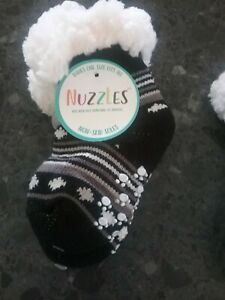 Small babies  One Size Non Skid Socks New ...