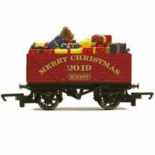 Hornby R6932 Christmas Plank Wagon 2019