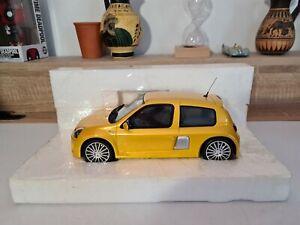 Rare 1/18 OTTO Ottomobile Renault Clio V6