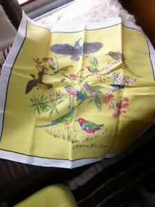 AUSTRALIAN LINEN NATIVE BIRD TABLECLOTH SIZE 34 X 35 INCH