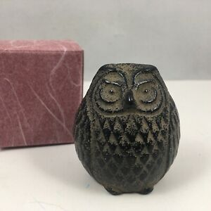 Japanese Cast Iron Hisabi Fukuro Owl Paperweight Home Garden Figurine Statue