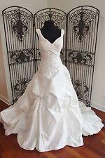 352 JUSTIN ALEXANDER 8539 BLACK LABEL $1825 SZ 16 NATURAL WEDDING DRESS GOWN